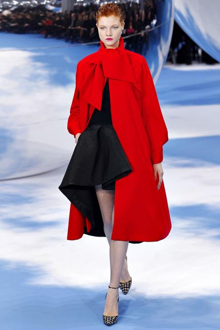 Dior-Fall-2013-Runway-2
