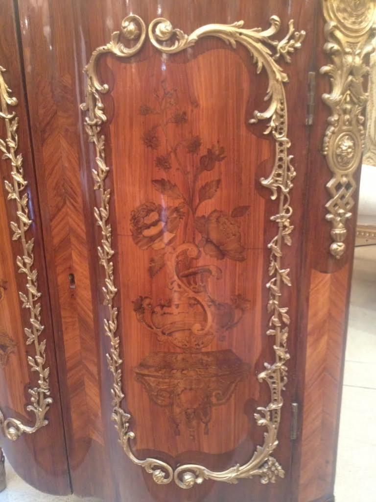 Museum 18th Century Corner Cabinets 2