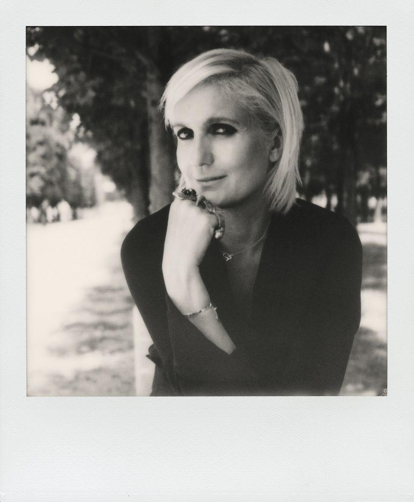 現任藝術總監Maria Grazia Chirui是Dior的第一位女性設計師。