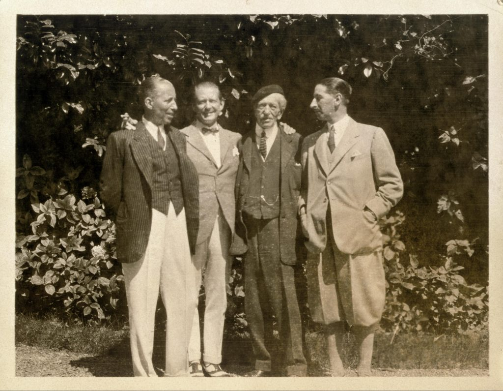 Alfred Cartier and his three sons. From left to right: Pierre, at the head of Cartier New York, Louis at the head of Paris and Jacques at the head of London. Saint Jean de Luz, 1922. Archives Cartier © Cartier